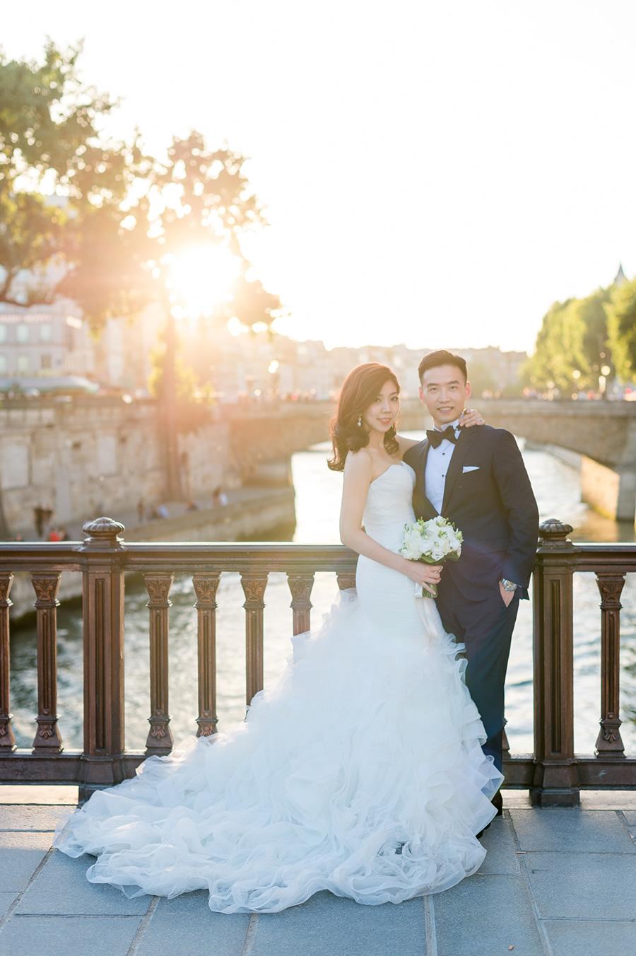 塞納河畔,法國婚紗, 巴黎婚紗, 海外婚紗, Pre-wedding, 自助婚紗, 海外婚紗, 婚紗攝影, 手工婚紗 ,自助婚紗工作室, 婚紗攝影工作室 ,手工婚紗, 婚攝roger