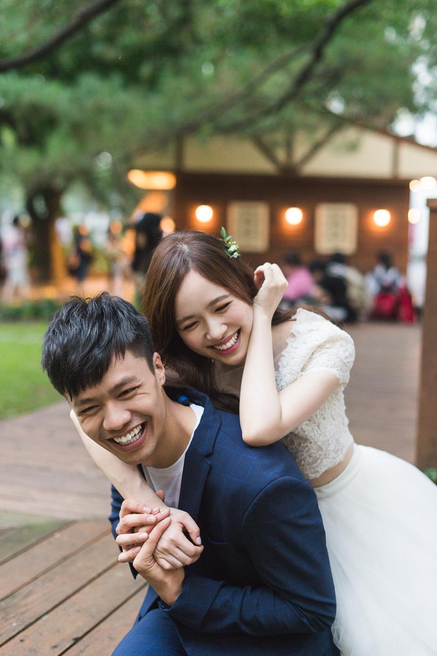 台大婚紗, 校園婚紗 | Huiju & Chiwei - 婚攝 Roger Wu Studio 自助婚紗